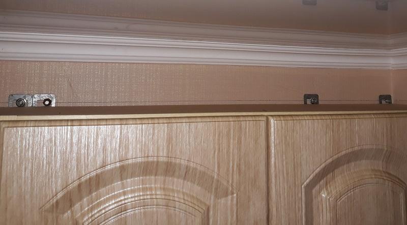 как правильно вешать шкафы на нерегулируемые простые навесы