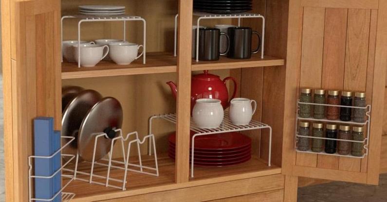организация пространства в шкафах на кухне