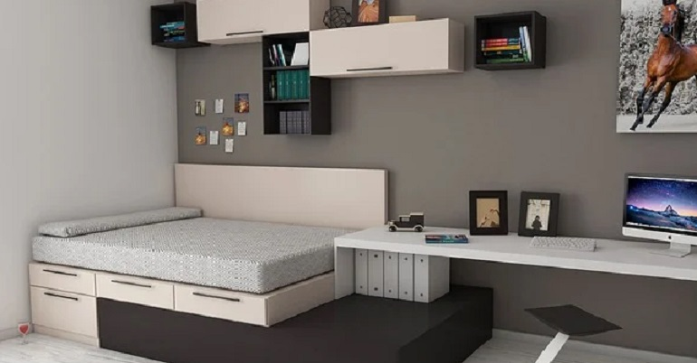 навесной шкаф и полки в изголовье кровати